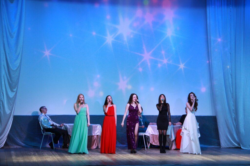 Вновь на сцене «Бархатный сезон»